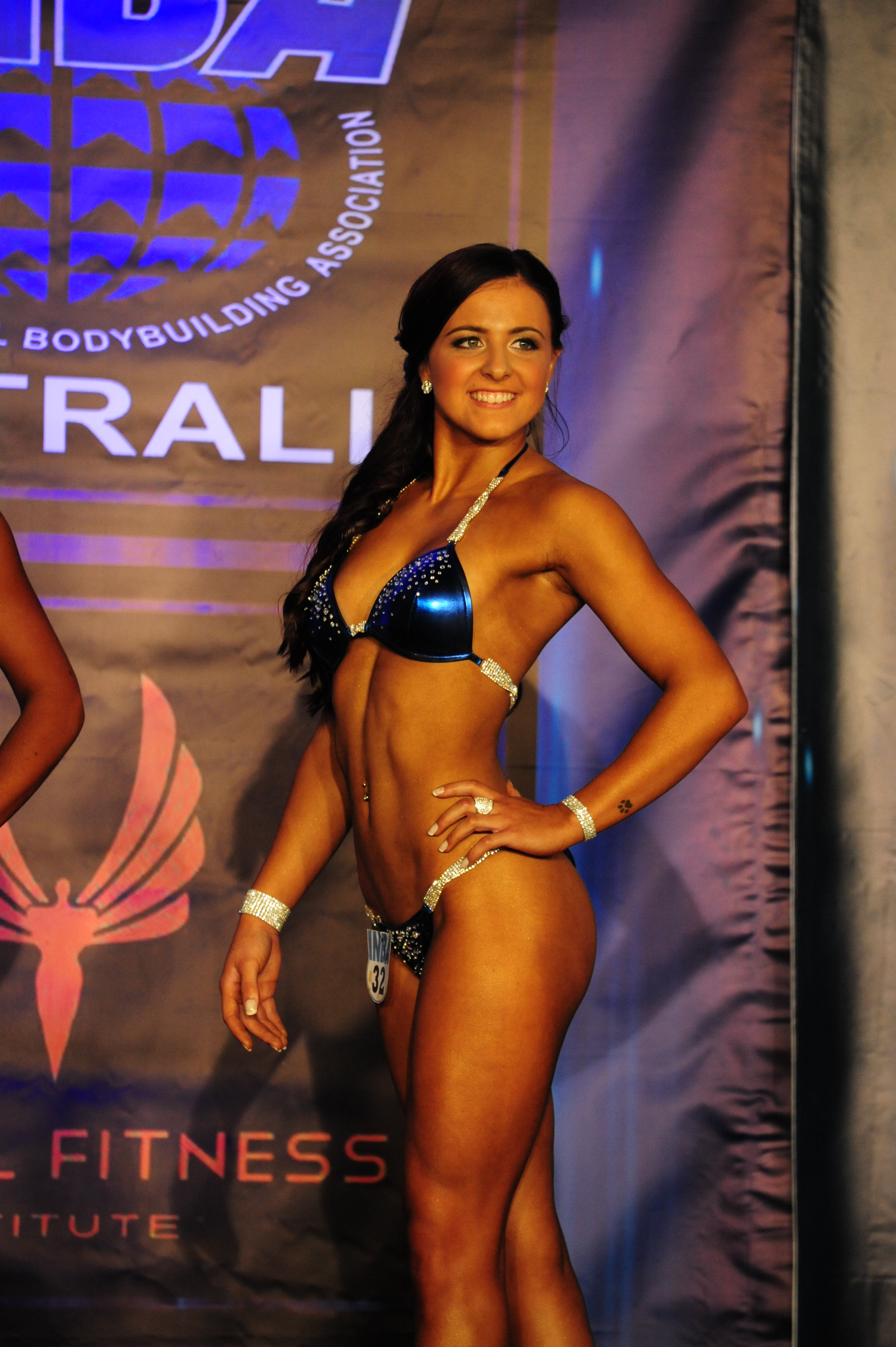 Ebony joins Team Flexr6 for the INBA 2016 Competition ...